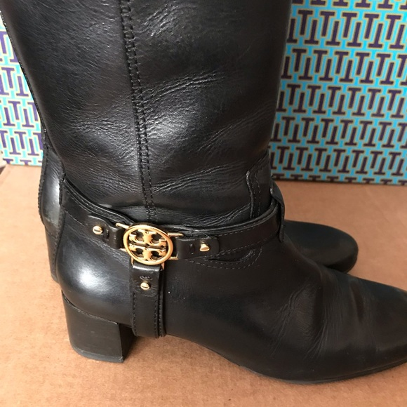 510b110b6 Authentic Tory Burch Boots. M 5c210a9f6a0bb75d20432c49